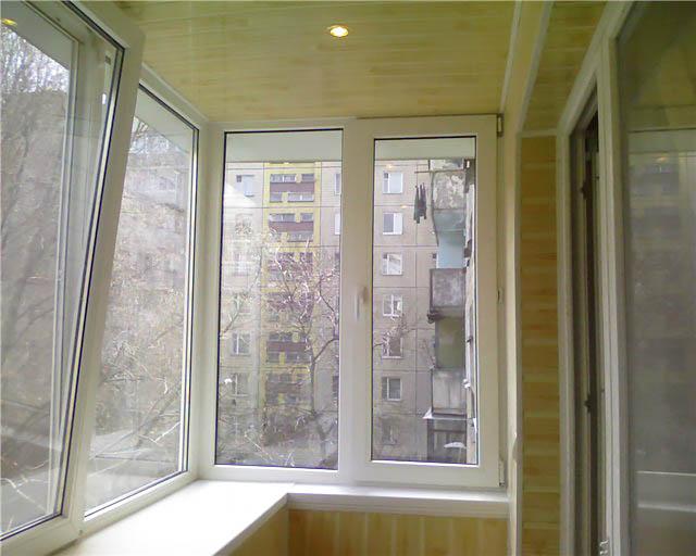 Остекление балкона в панельном доме по цене от производителя.